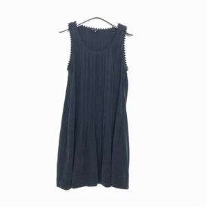 CLUB MONACO Size 2 , perfect little less dress